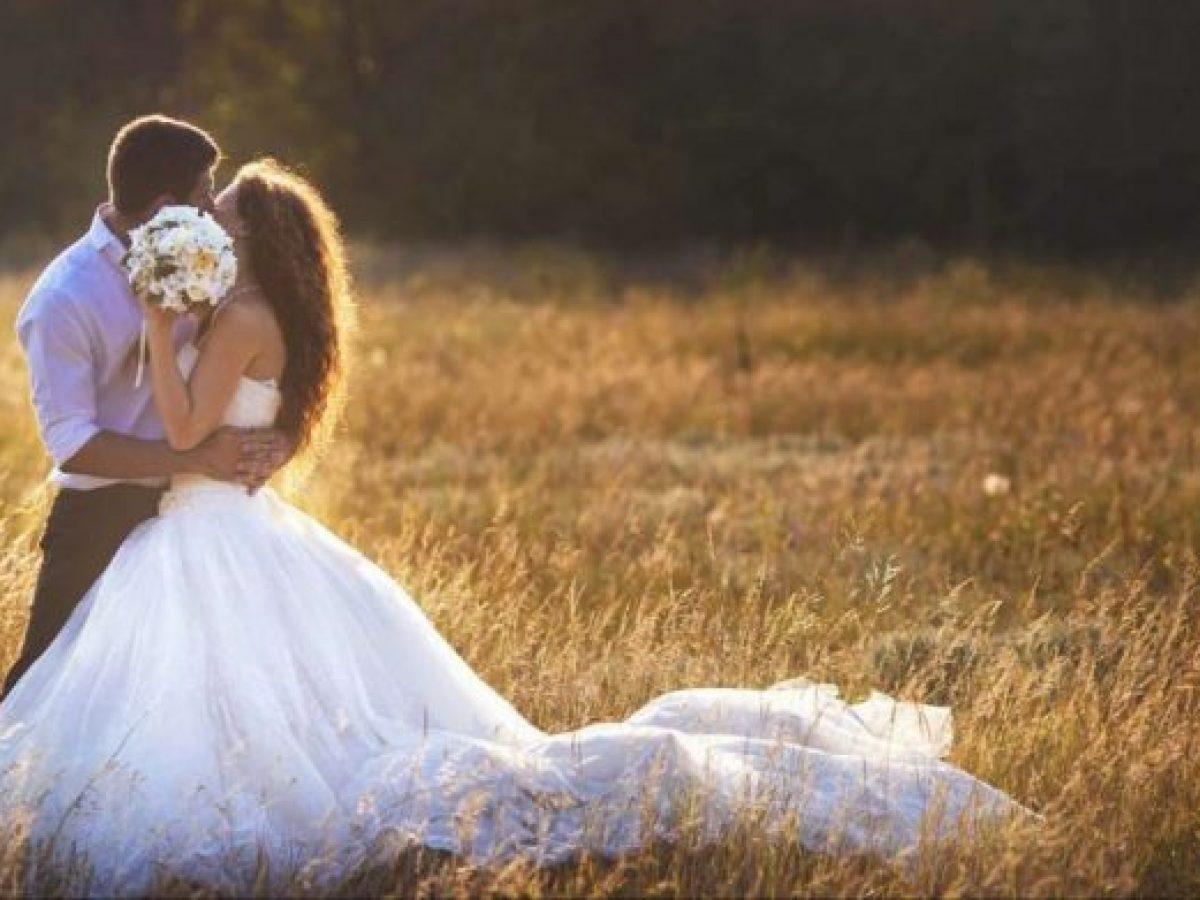 Frasi Matrimonio Non Presenti.Auguri Di Matrimonio 75 Belle Frasi Da Dedicare Agli Sposi