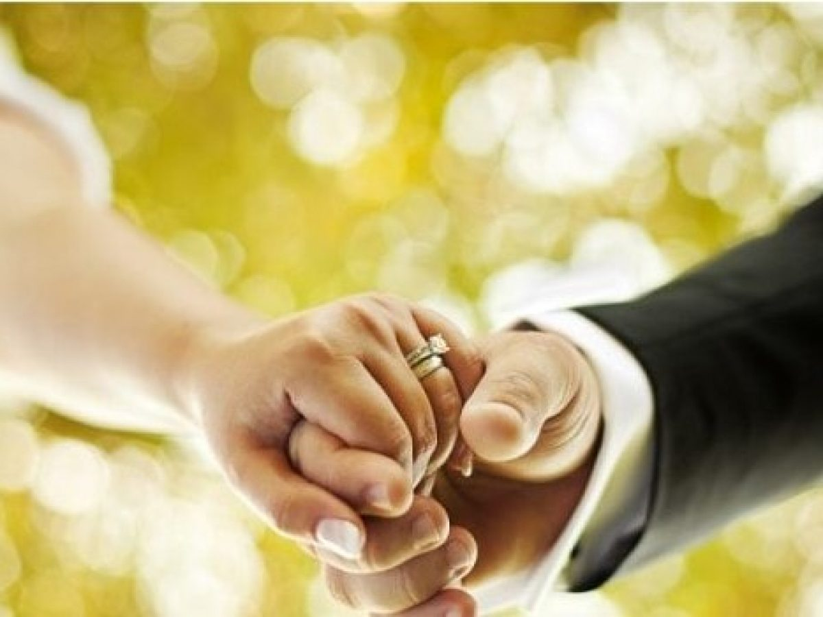 Anniversario Di Matrimonio Quando Si Festeggia.Anniversario Di Matrimonio Le Frasi Belle Per Festeggiare
