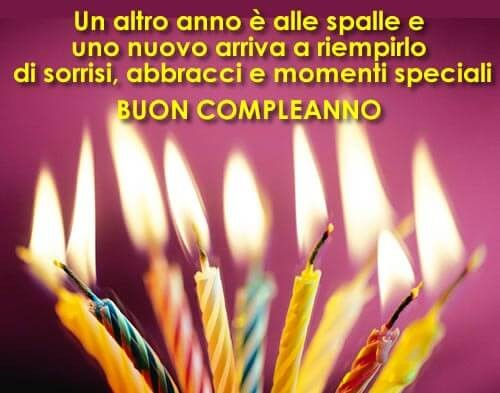 Buon compleanno auguri candeline