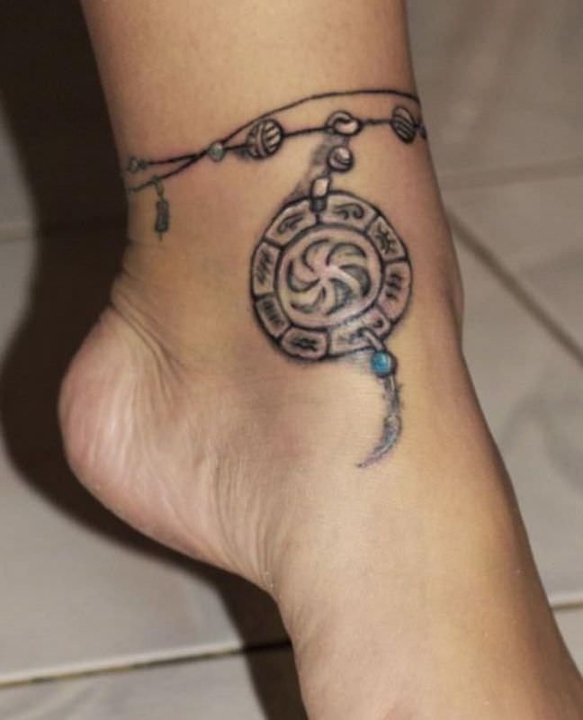 cavigliera tatuaggio